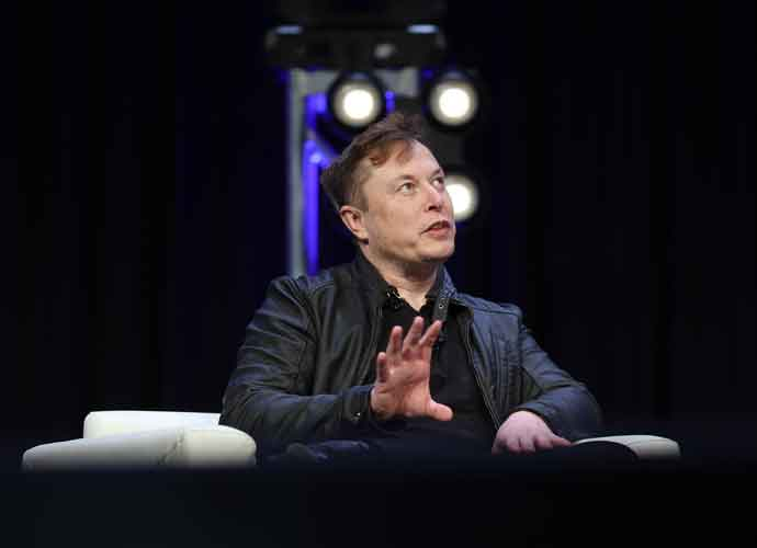 Elon Musk Shows Monkey Playing 'Pong' With Their Brain