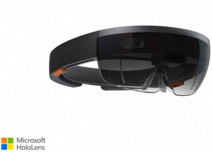 Microsoft To Supply 120,000 HoloLens Headsets To US Military