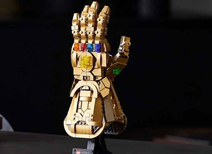 Lego Infinity Gauntlet (Image: Lego)